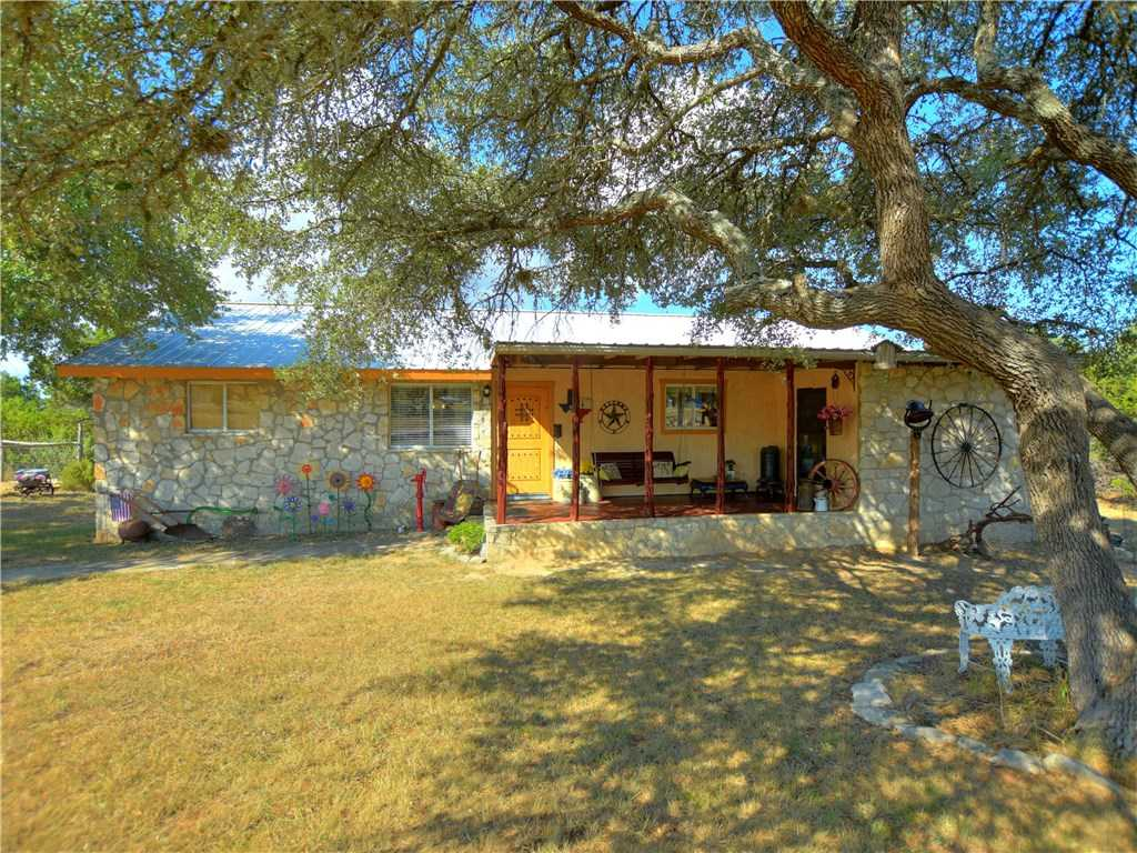 $375,000 - 3Br/2Ba -  for Sale in Glenn H Kothman Prop, Dripping Springs