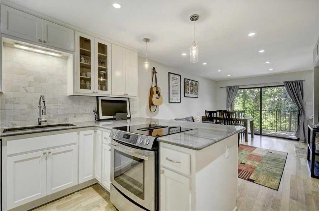 $350,000 - 2Br/2Ba -  for Sale in Springhollow Condo, Austin
