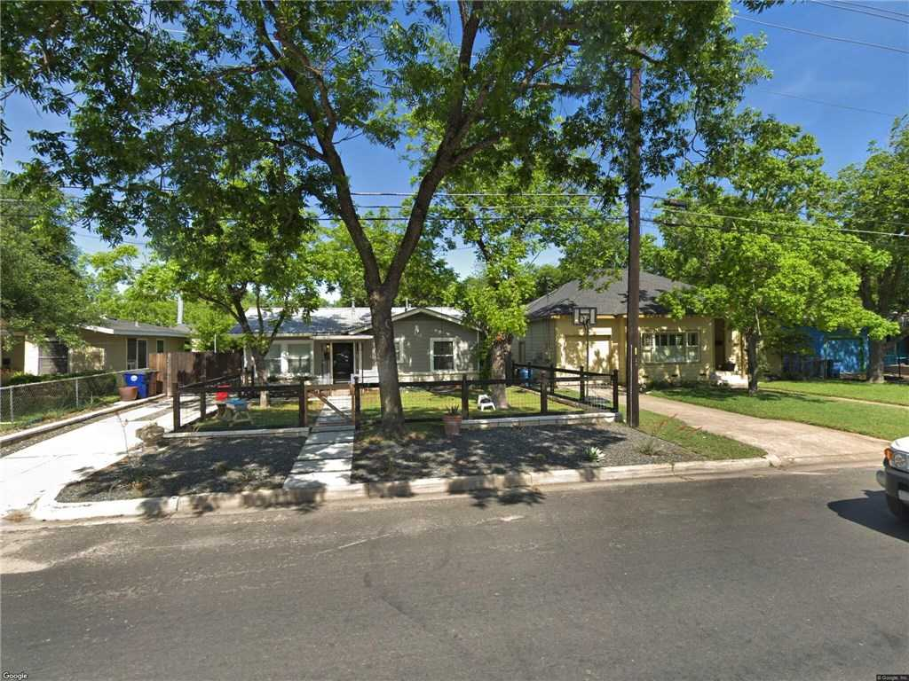 $400,000 - 2Br/1Ba -  for Sale in Crestview Add Sec 08, Austin