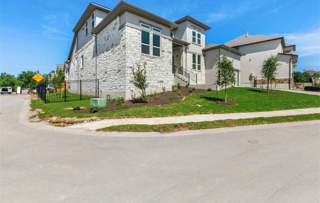 $964,818 - 5Br/6Ba -  for Sale in Lakes Edge, Bee Cave