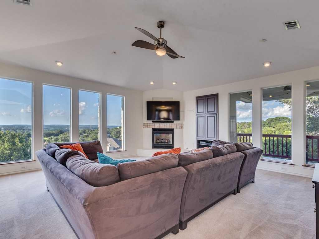 $449,900 - 3Br/3Ba -  for Sale in Lakeway Sec Clusters 28 04, Lakeway