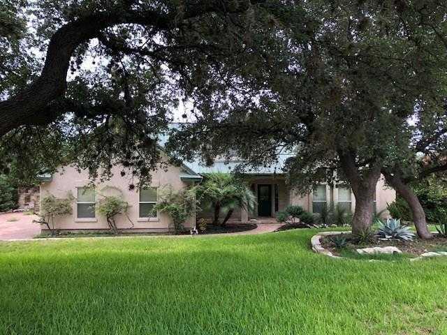 $349,900 - 4Br/3Ba -  for Sale in Lakeway Sec 7, Austin