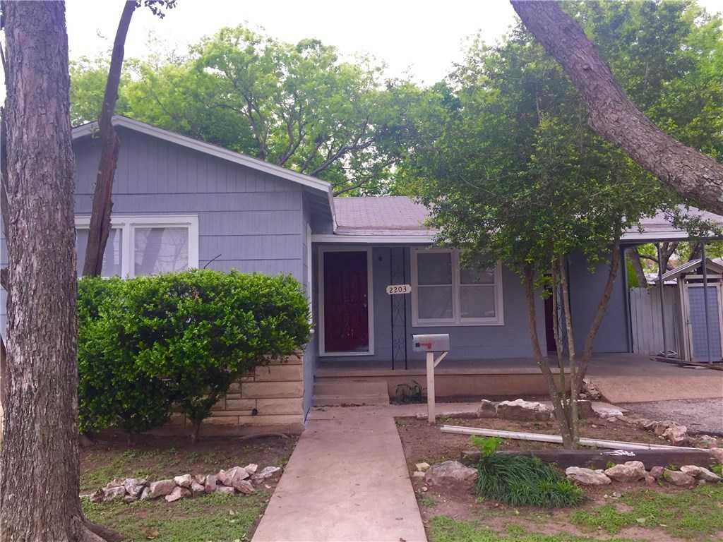 - 3Br/1Ba -  for Sale in Crestview, Austin