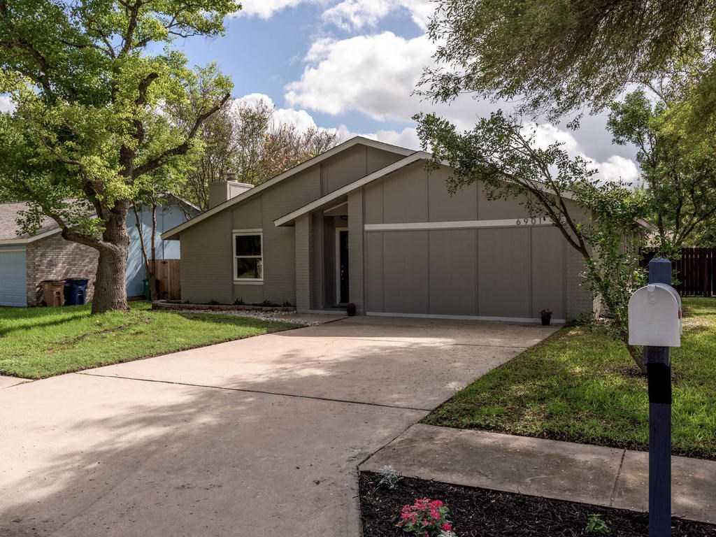 $354,900 - 3Br/2Ba -  for Sale in Buckingham Ridge Sec 05, Austin