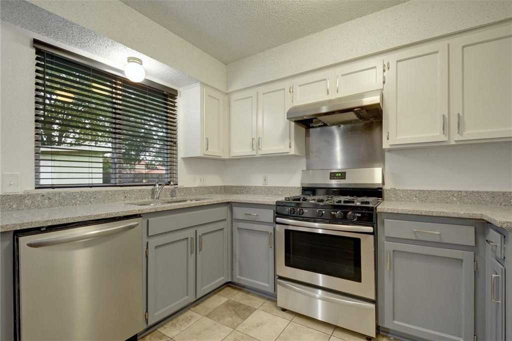 $280,000 - 3Br/2Ba -  for Sale in West Branch, Austin