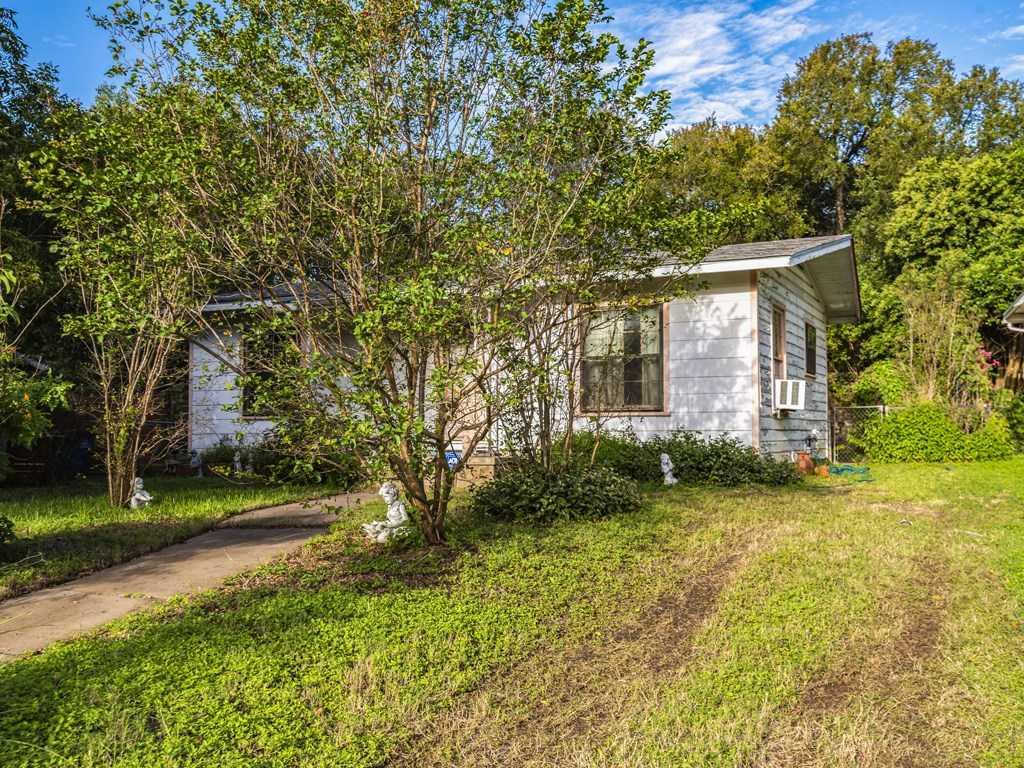 $290,000 - 3Br/1Ba -  for Sale in Forest Oaks, Austin