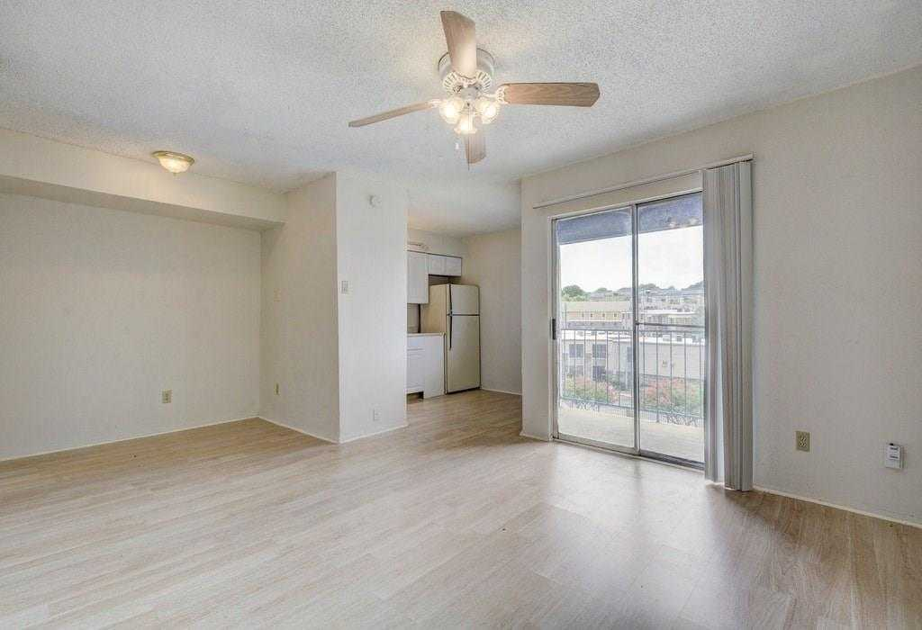 $125,000 - 1Br/1Ba -  for Sale in Silverado Condominiums, Austin