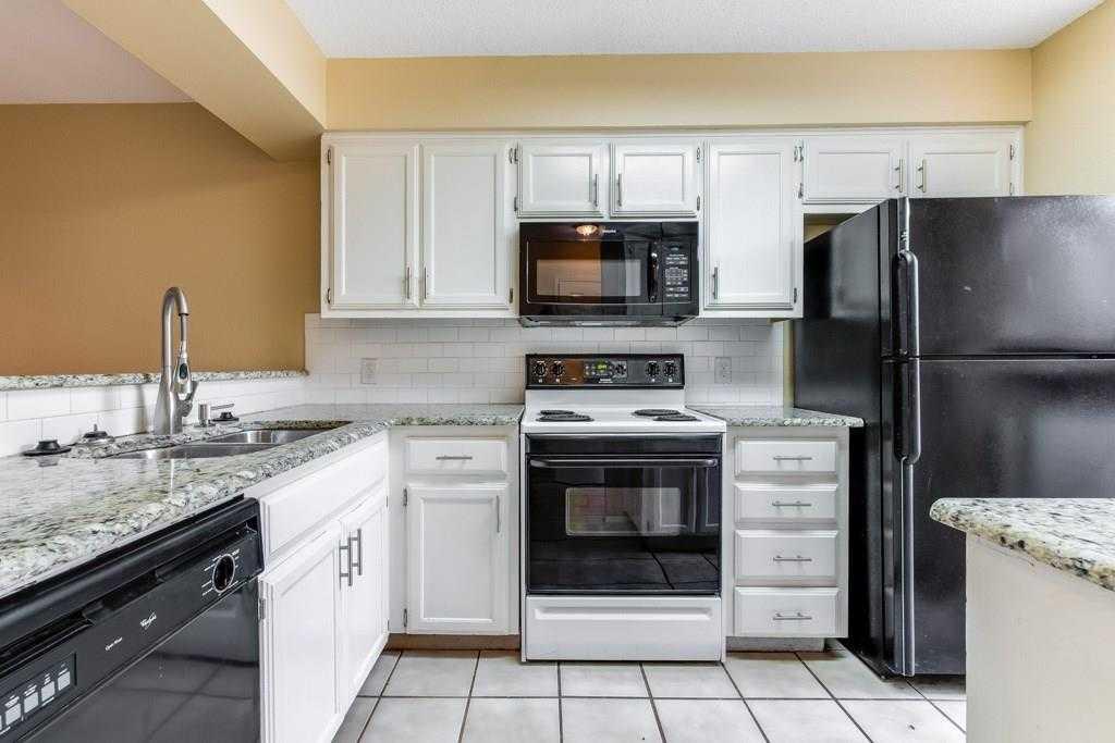 $269,000 - 2Br/2Ba -  for Sale in Coachlight Condo Ph I-iii, Austin