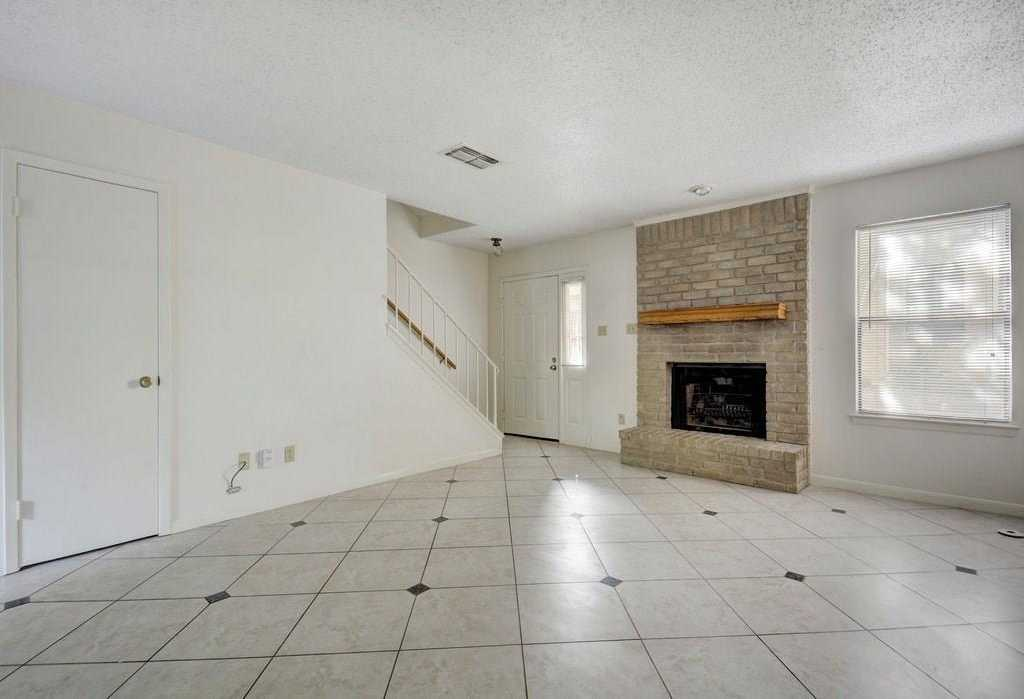 $230,000 - 2Br/2Ba -  for Sale in Eight Hundred Banister Place, Austin