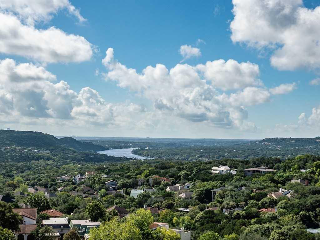 $899,000 - 3Br/3Ba -  for Sale in Cat Mountain Villas Sec 01, Austin