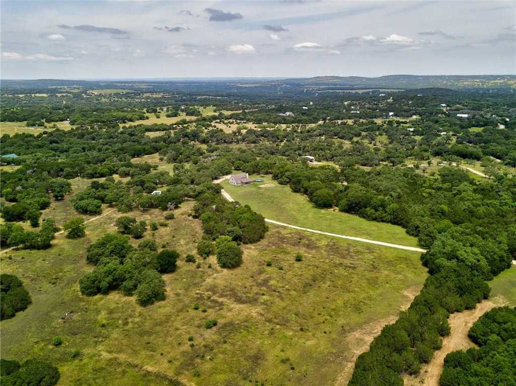 $1,295,000 - 4Br/3Ba -  for Sale in Cicero R Perry, Dripping Springs