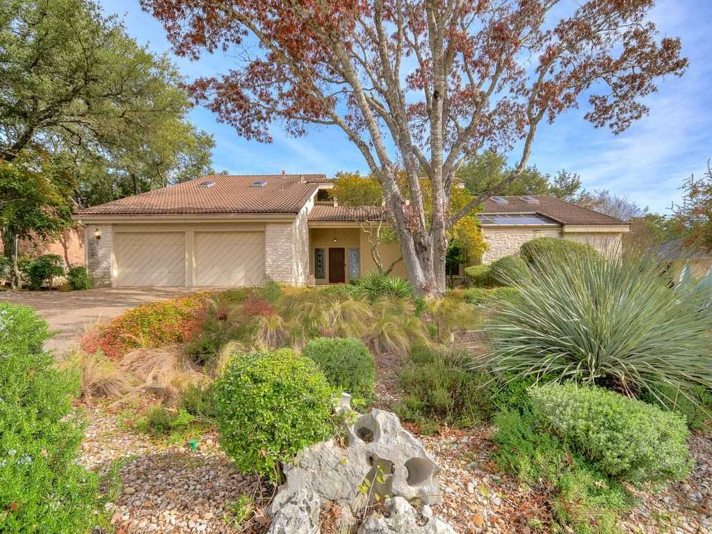 $749,000 - 4Br/4Ba -  for Sale in Great Hills Sec 09, Austin