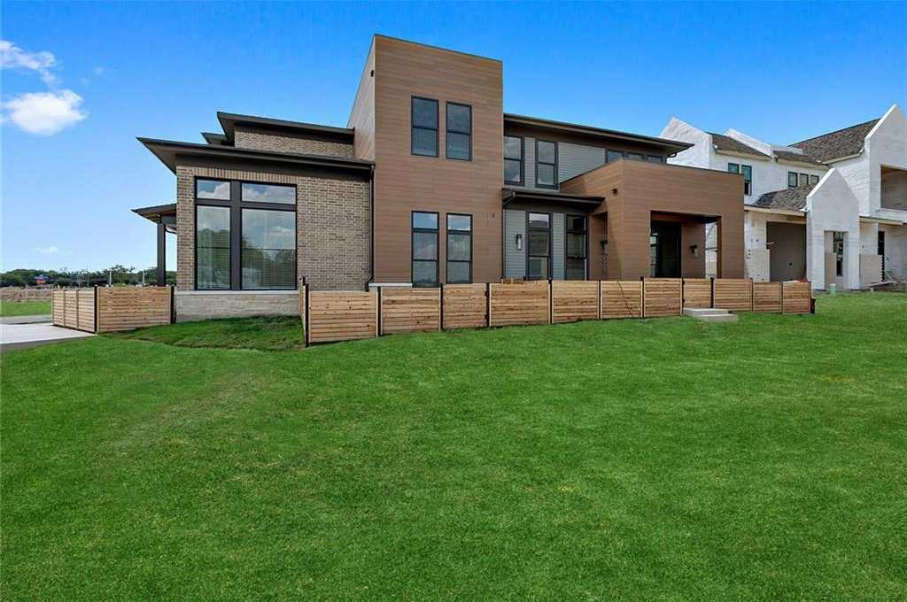 $1,333,288 - 3Br/3Ba -  for Sale in The Grove, Austin