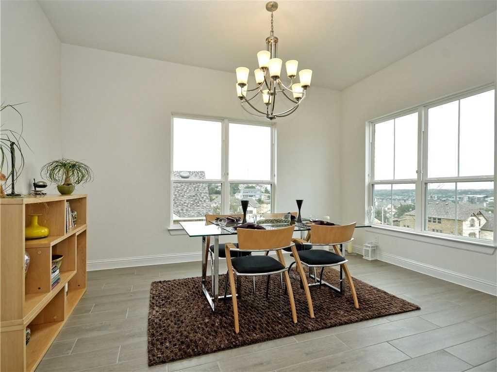 $509,500 - 3Br/2Ba -  for Sale in Covered Bridge, Austin