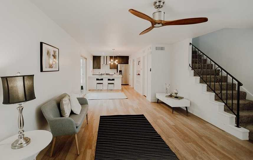 $372,500 - 3Br/3Ba -  for Sale in Balcones Summit, Austin
