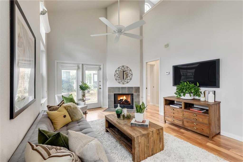 $479,000 - 2Br/2Ba -  for Sale in Bouldin Creek Cottages, Austin