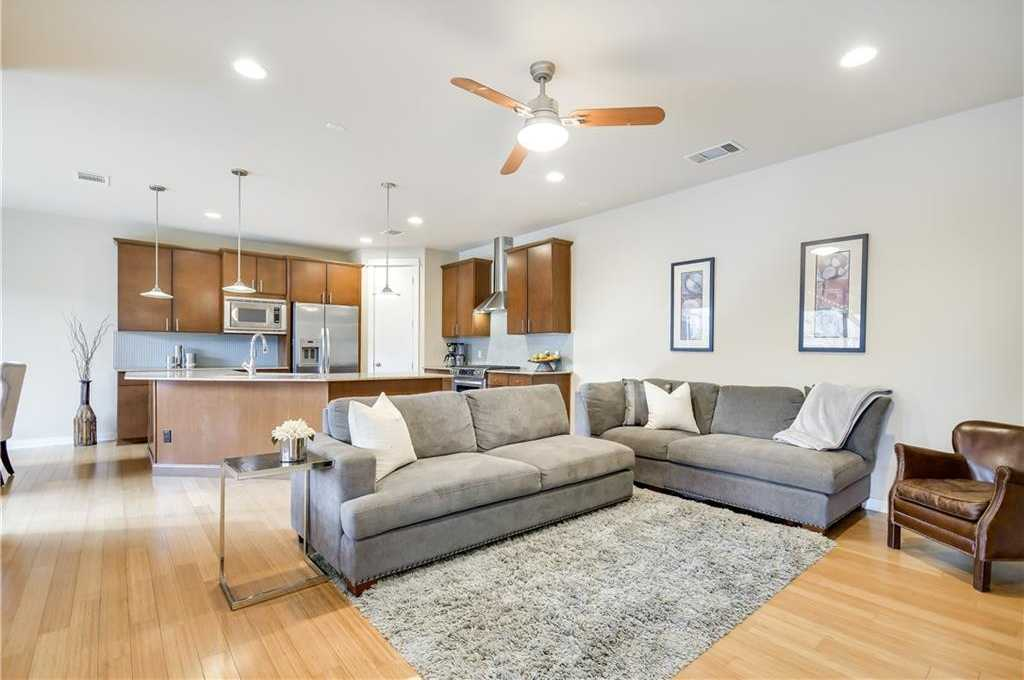 $525,000 - 3Br/3Ba -  for Sale in The Crossing At Bouldin Creek, Austin