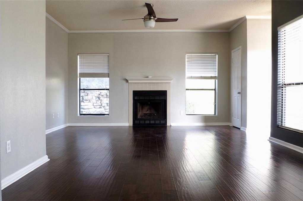 $189,900 - 1Br/1Ba -  for Sale in Valleyside Place Condo, Austin