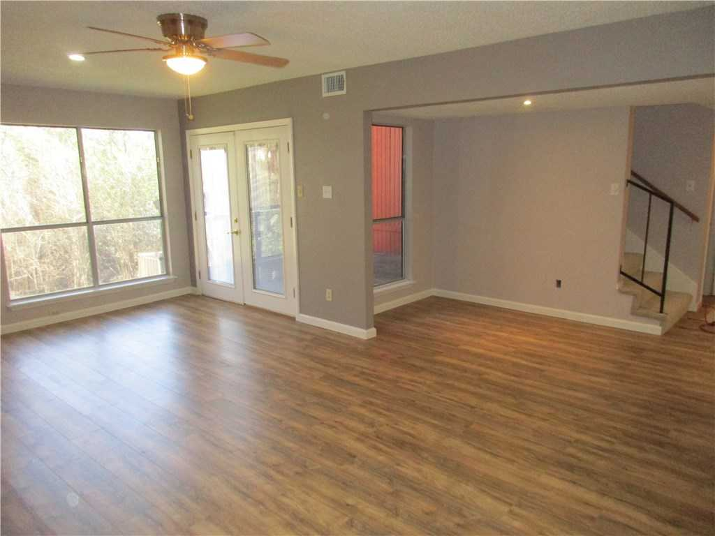 $159,000 - 2Br/2Ba -  for Sale in Greenslopes Ph 01, Austin