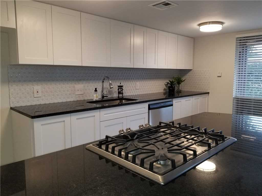 $198,500 - 1Br/1Ba -  for Sale in Woodrow Place Twnhms, Austin