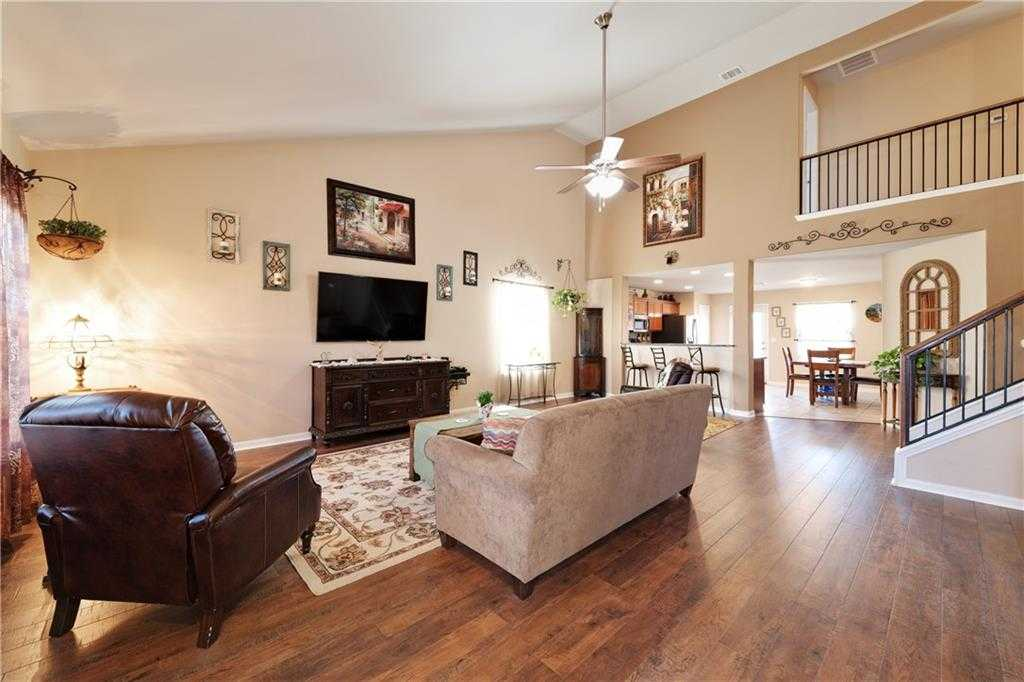 $237,500 - 4Br/3Ba -  for Sale in Post Oak Ph 5a, Kyle