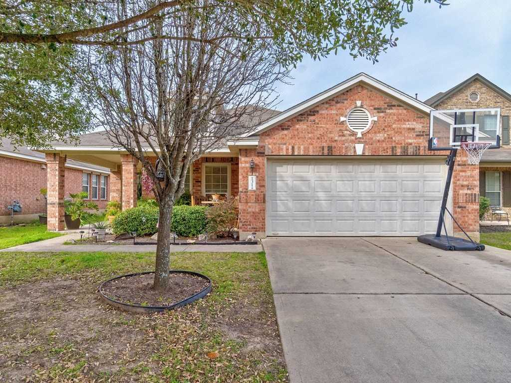 $249,997 - 4Br/2Ba -  for Sale in Whispering Hollow Ph 1 Sec 1, Buda