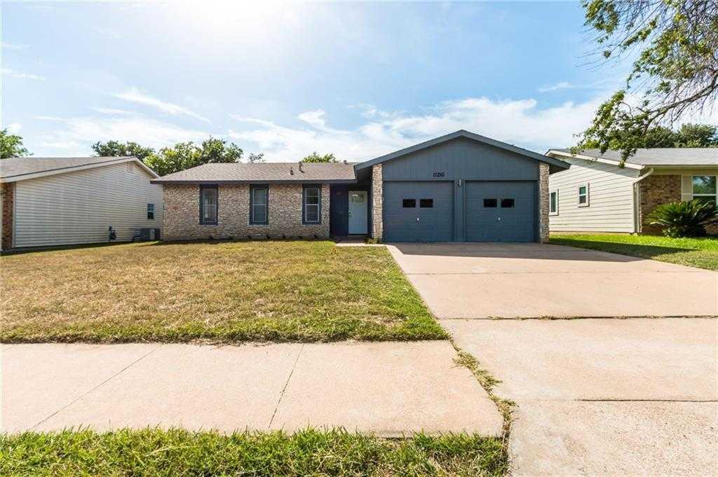 $300,000 - 3Br/2Ba -  for Sale in Quail Hollow Sec 04, Austin