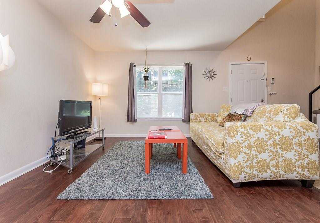 $224,000 - 2Br/2Ba -  for Sale in Manor Twnhms, Austin