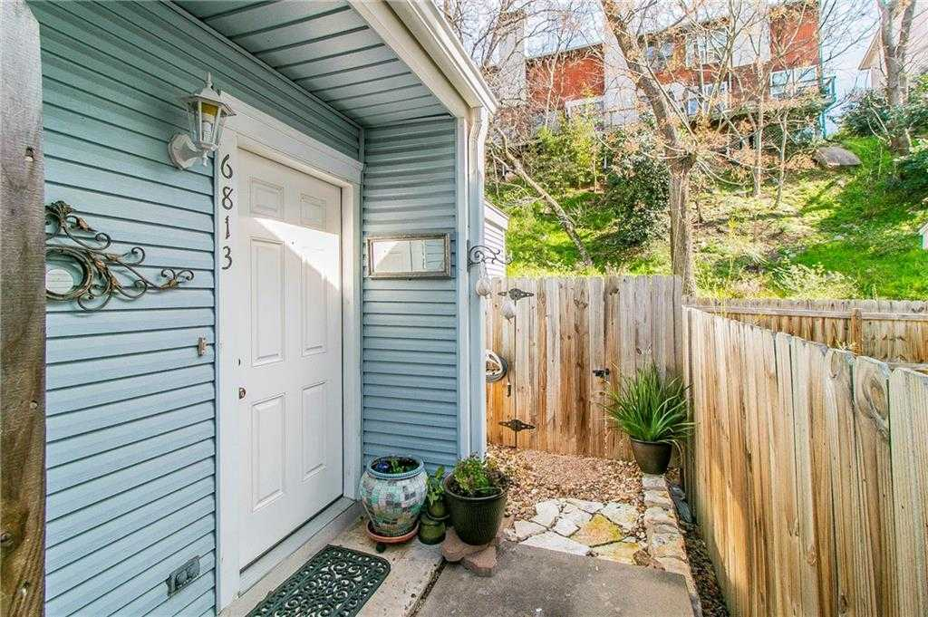 $233,000 - 2Br/2Ba -  for Sale in Townhomes Northwest Hills, Austin