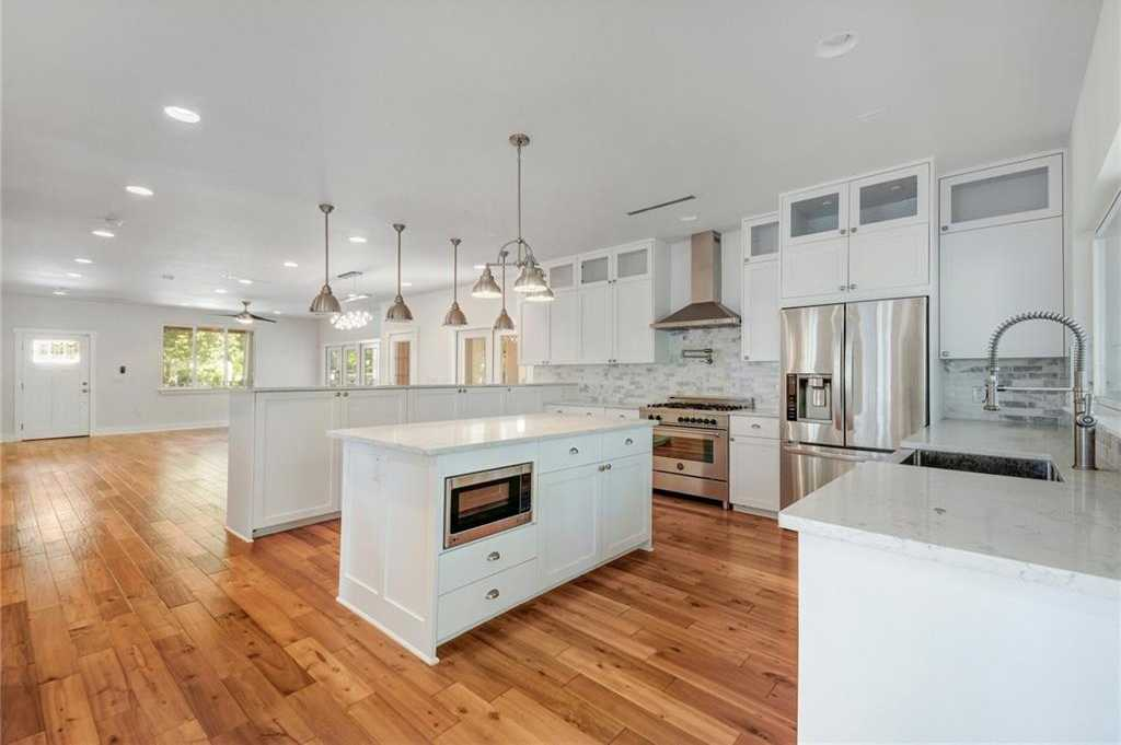 $990,000 - 4Br/5Ba -  for Sale in Tarry Town 05, Austin
