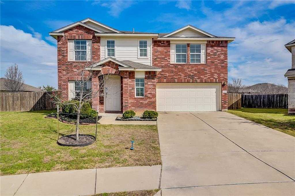 $202,000 - 3Br/3Ba -  for Sale in Carriage Hills Sec 01, Manor