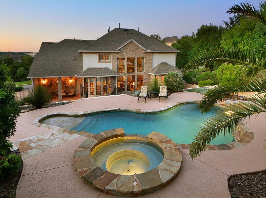 $780,000 - 5Br/4Ba -  for Sale in Steiner Ranch, Austin