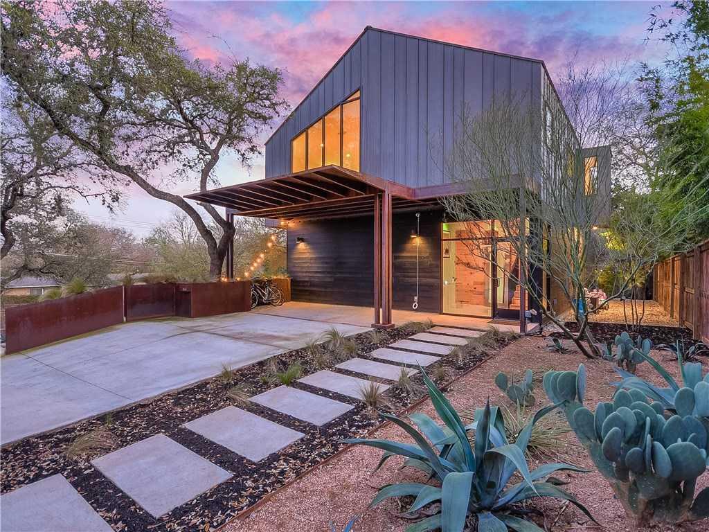 $1,699,000 - 4Br/5Ba -  for Sale in Highland Park West, Austin