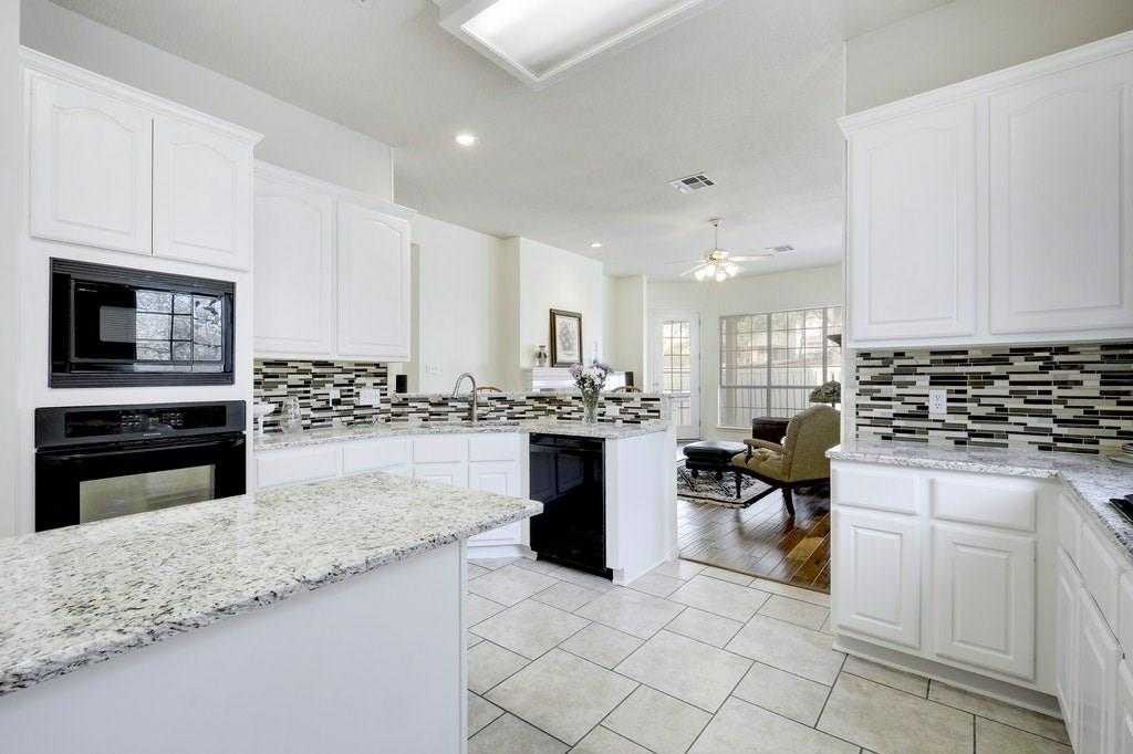 $491,000 - 4Br/2Ba -  for Sale in Woods Legend Oaks Sec 01, Austin