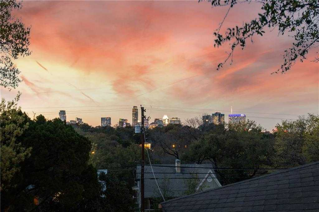 $1,375,000 - 4Br/3Ba -  for Sale in Travis Heights, Austin