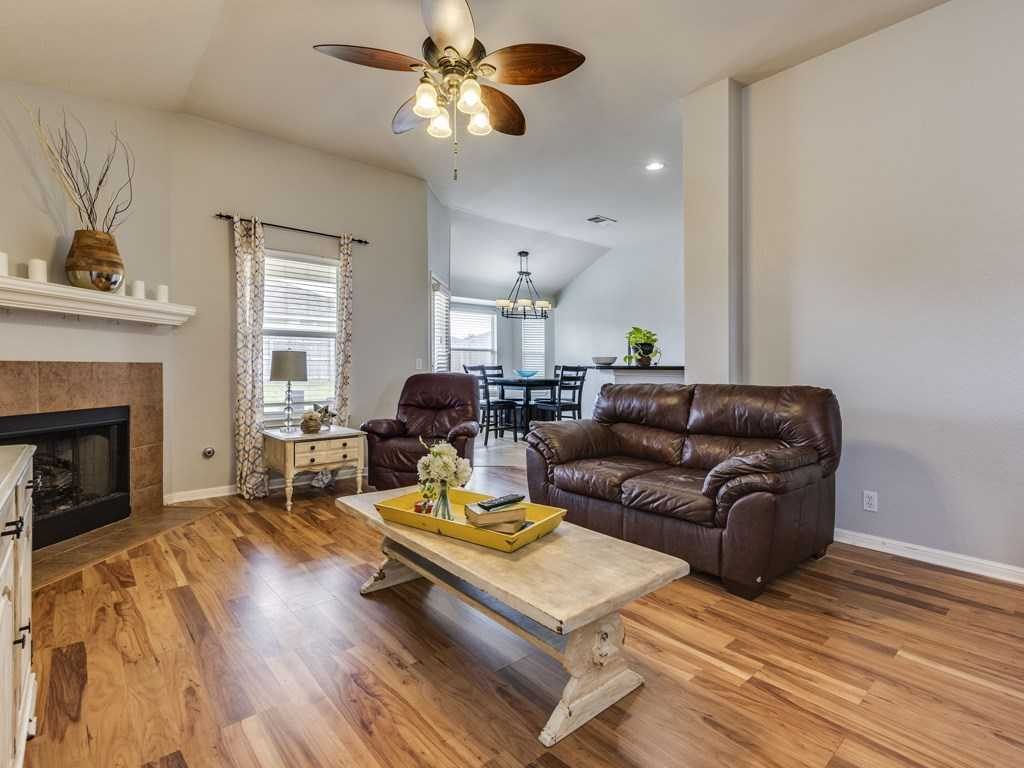 $200,000 - 3Br/2Ba -  for Sale in Post Oak Ph One, Kyle