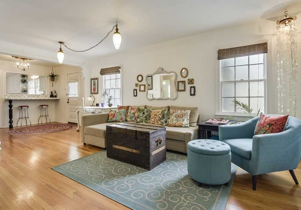 $625,000 - 3Br/3Ba -  for Sale in Delwood Park, Austin