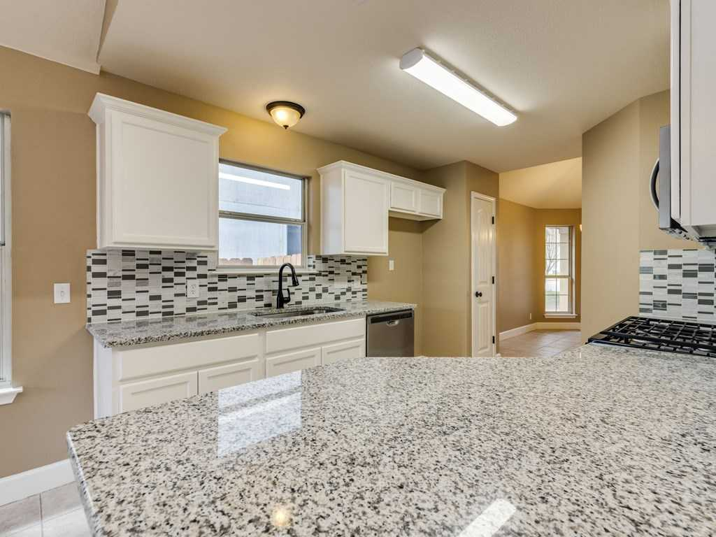 $215,000 - 3Br/2Ba -  for Sale in Ridge At Steeds Crossing Sec 1 The, Pflugerville