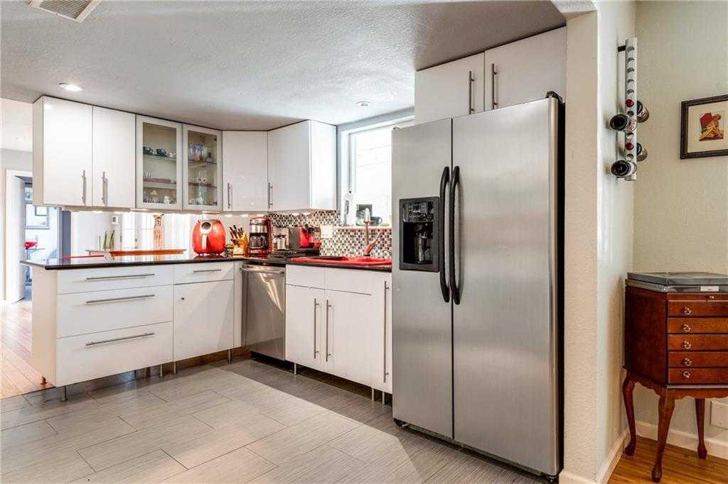 $489,000 - 4Br/3Ba -  for Sale in Barrington Oaks Sec 07, Austin