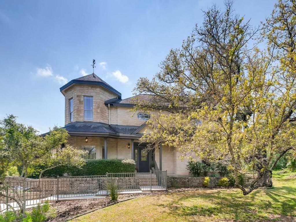 $395,000 - 3Br/3Ba -  for Sale in Legend Oaks, Georgetown