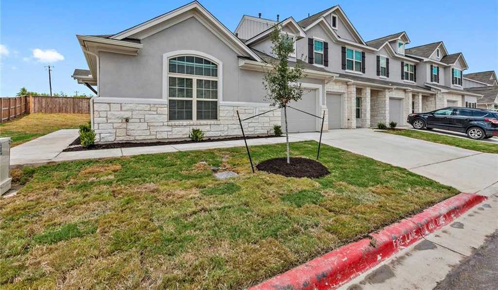 $284,105 - 2Br/2Ba -  for Sale in Smithfield, Austin