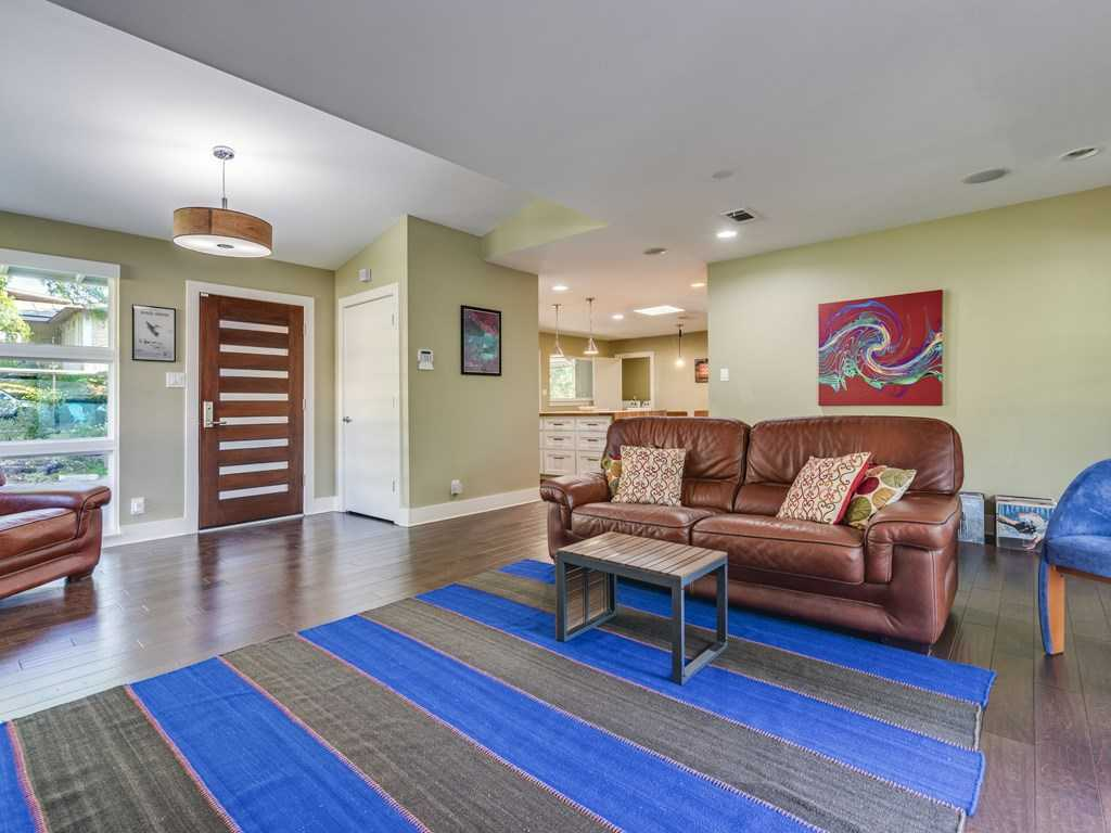 $750,000 - 3Br/2Ba -  for Sale in Barton Hills Sec 01, Austin