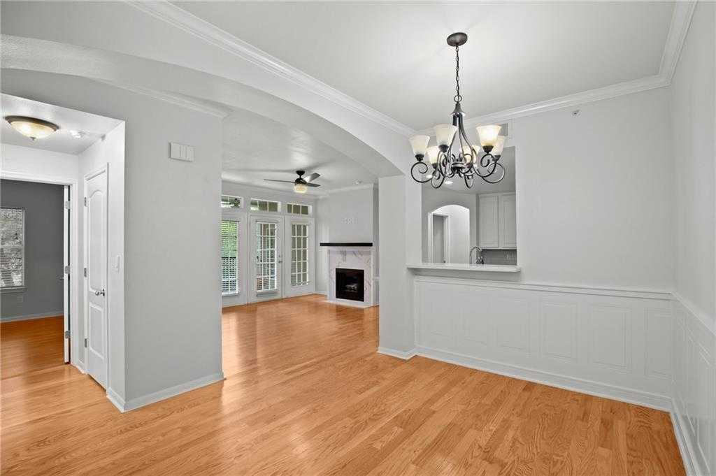 $279,000 - 2Br/2Ba -  for Sale in 9525/loop Condos, Austin