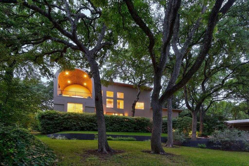 $1,499,000 - 4Br/4Ba -  for Sale in Balcones Park Sec 08, Austin