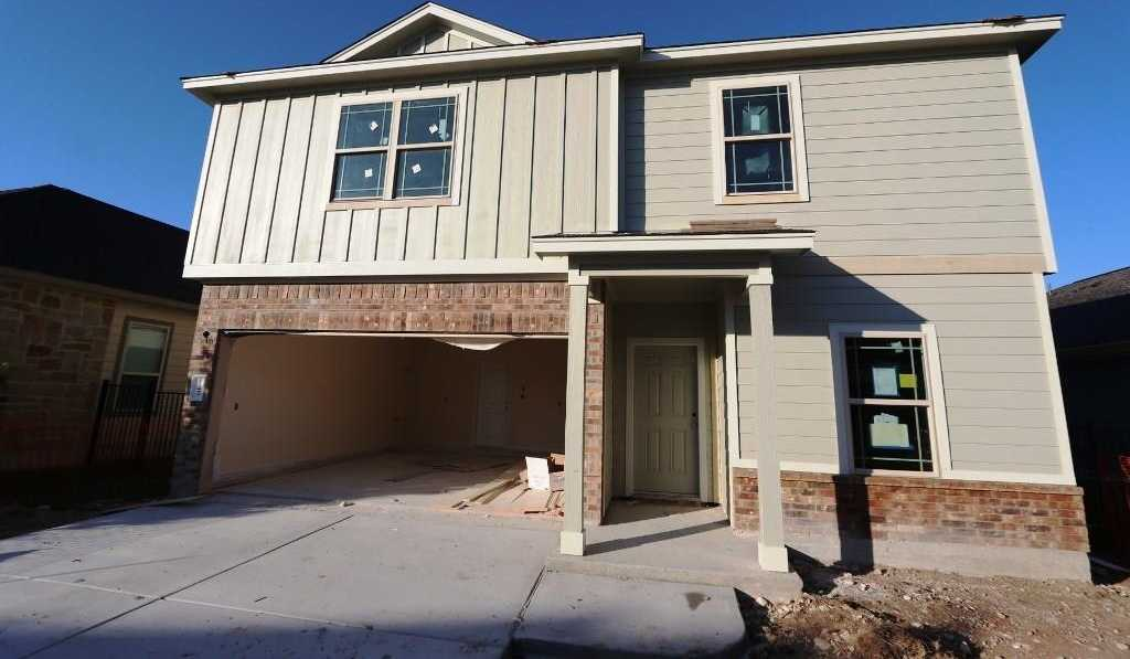 $270,690 - 4Br/3Ba -  for Sale in Plum Creek Ph 1 Sec 6h- 1, Kyle