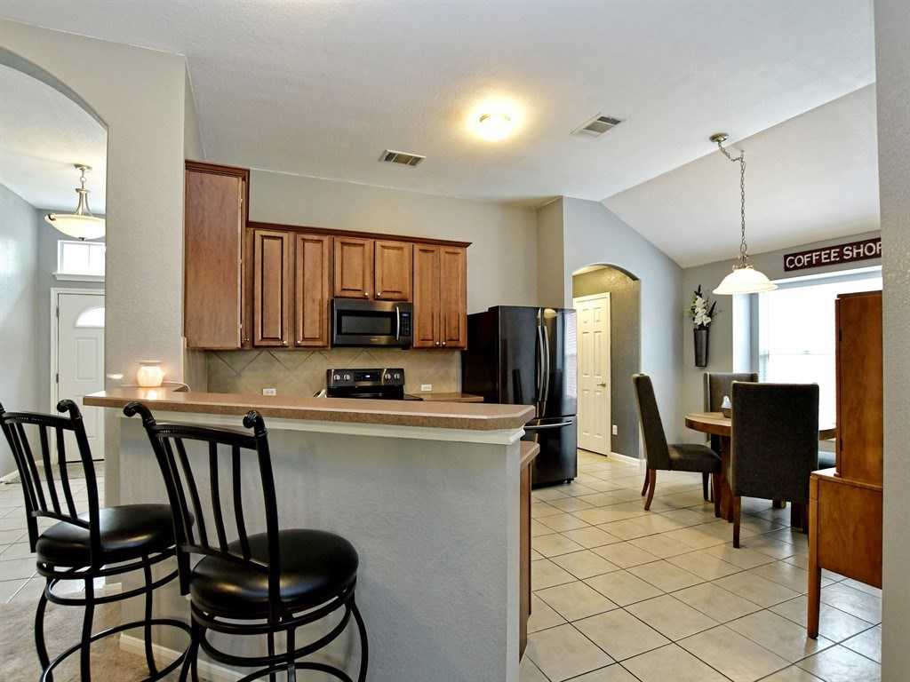 $240,000 - 3Br/2Ba -  for Sale in Summerlyn Ph L-1a, Leander