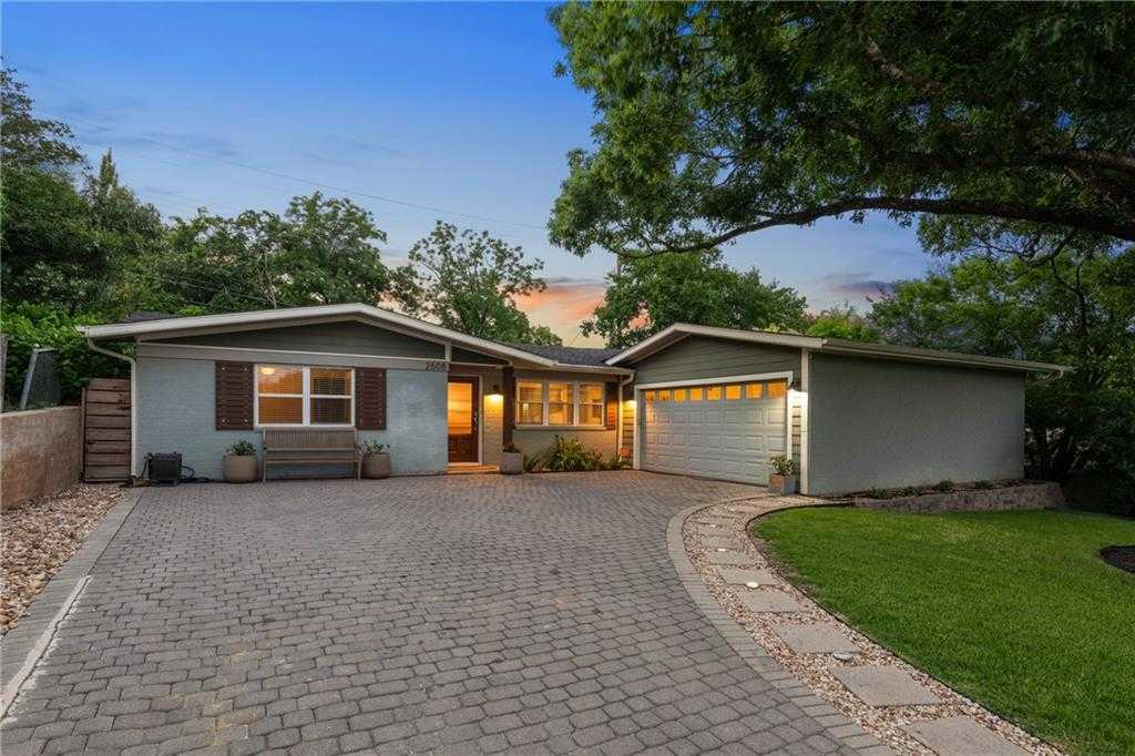 $800,000 - 3Br/2Ba -  for Sale in Barton Hills Sec 02, Austin
