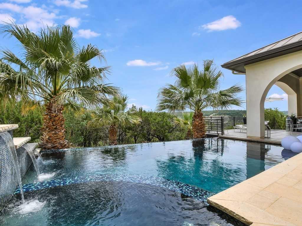 $1,375,000 - 4Br/5Ba -  for Sale in Villa Montana, Austin