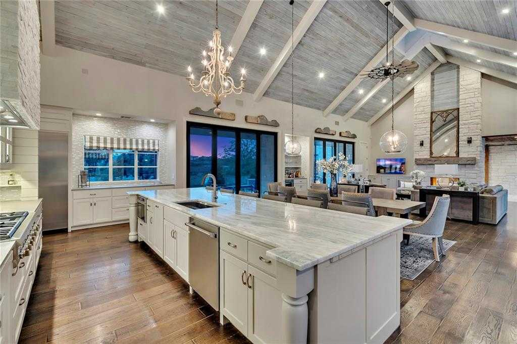 $1,750,000 - 4Br/5Ba -  for Sale in Peninsula Rough Hollow, Austin