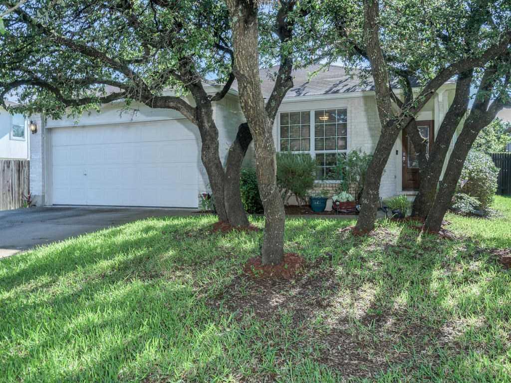 $240,000 - 3Br/2Ba -  for Sale in Block House Creek Ph D Sec 04, Leander